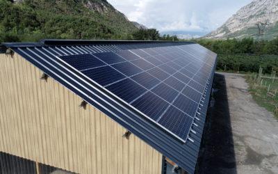Révision rétroactive des contrats solaires: le gouvernement passe en force malgré la mobilisation des députés.